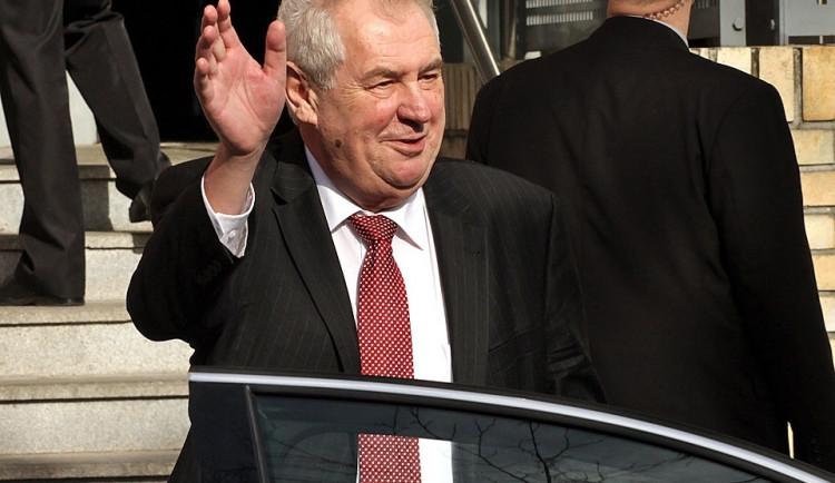 Zeman: Vítěz voleb bude mít oprávněný pocit navrhnout eurokomisaře
