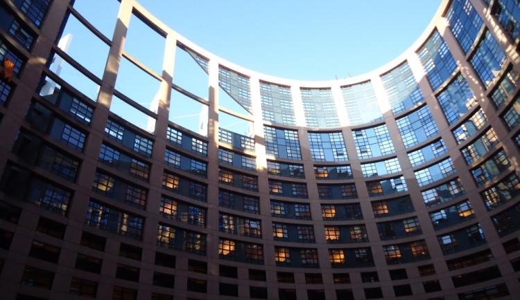 Vizitky českých poslanců Evropského parlamentu