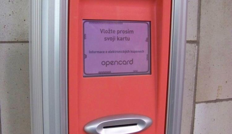 Praha otestovala nové karty, které by mohly nahradit opencard