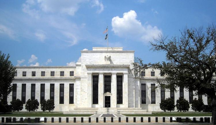 Glosa dne: O spekulaci a devalvaci