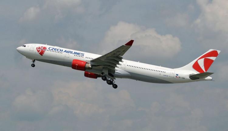 Stevardi a letušky ČSA budou ve čtvrtek stávkovat