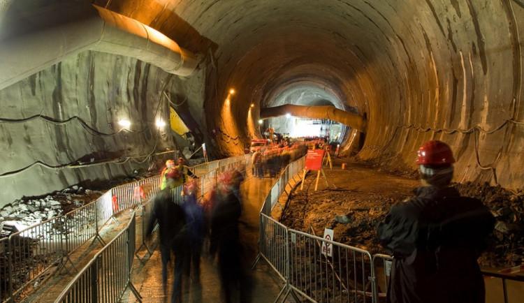 Provoz v tunelu Blanka začne na přelomu března a dubna 2015