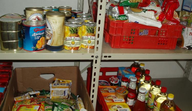 Lidé a firmy darovali ve sbírce 173 tun potravin pro lidi v nouzi