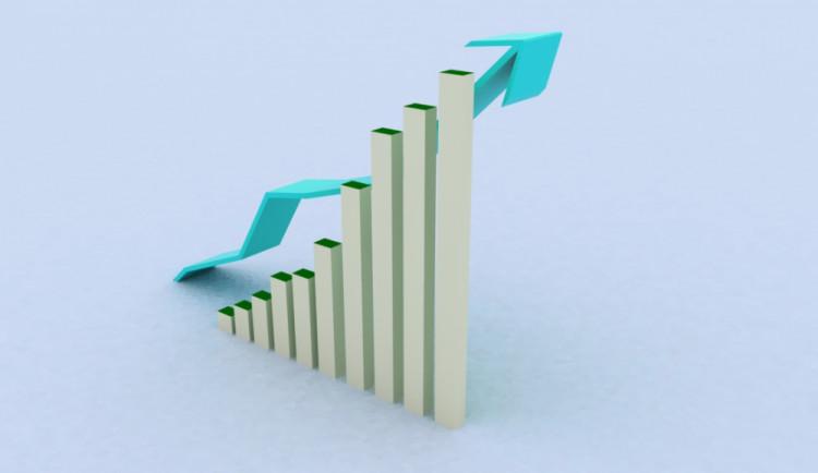 Česká ekonomika v roce 2014: Překonaná recese, rostoucí investice a nižší nezaměstnanost