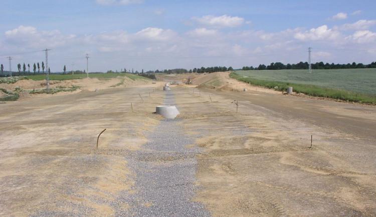 Vloni vázla zejména výstavba nových silnic a dálnic