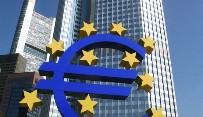 Česko by zatím nemělo podle studie MF vstupovat do bankovní unie