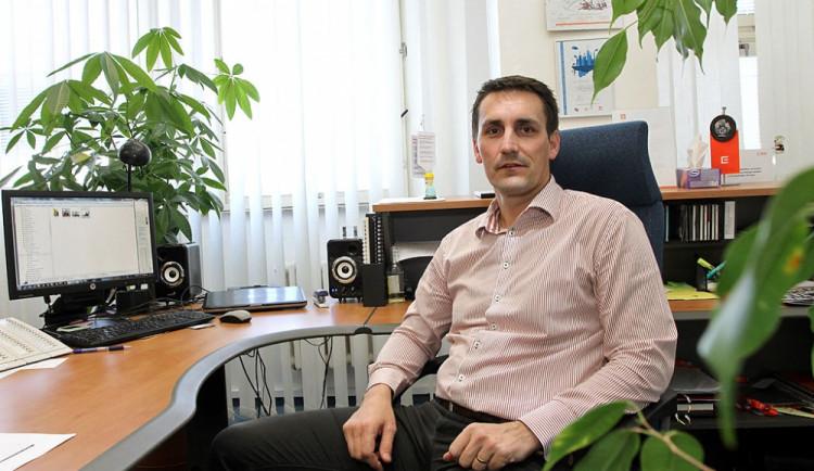 Bohdan Zronek: Dobře víme, s čím zacházíme. Většina pracovníků bydlí přímo u elektrárny