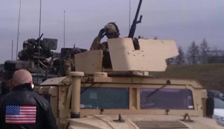 Tři americké vojenské konvoje se dnes spojí v Praze