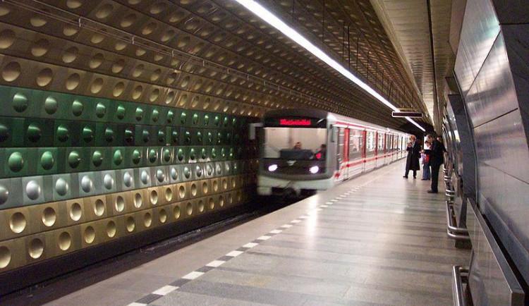 V Praze byl slavnostně zahájen provoz nové části metra A