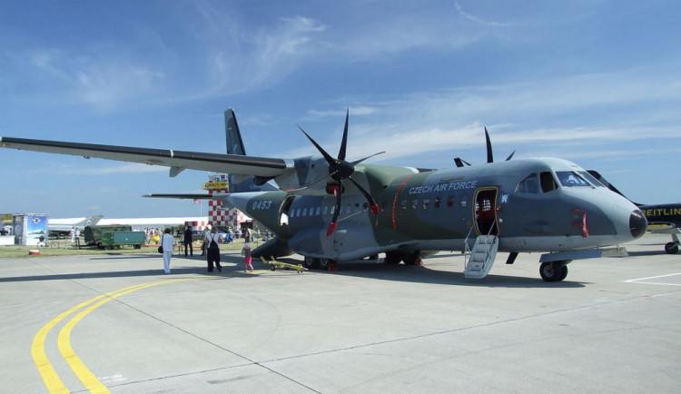 Armáda chce koupit další dva letouny CASA