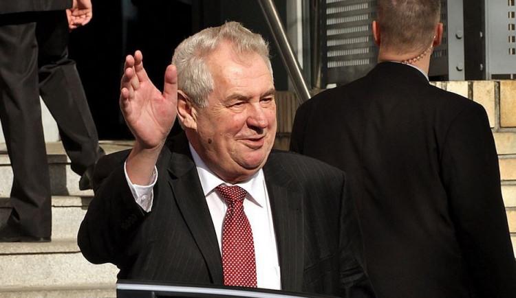 Obdivuji Churchilla, Blaira i Thatcherovou, přiznal Zeman u Britů