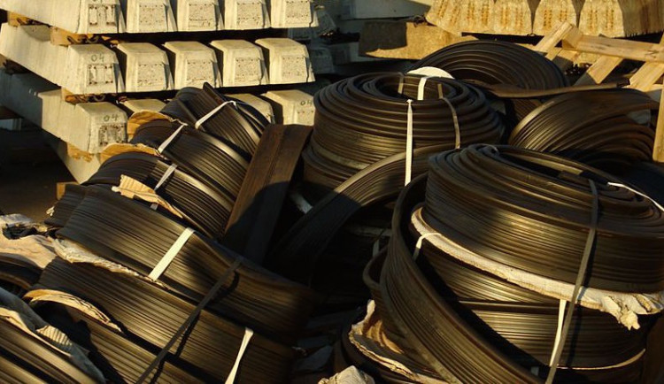 Dodavatel kabelů do Blanky chce 630 milionů, Praha platit nechce
