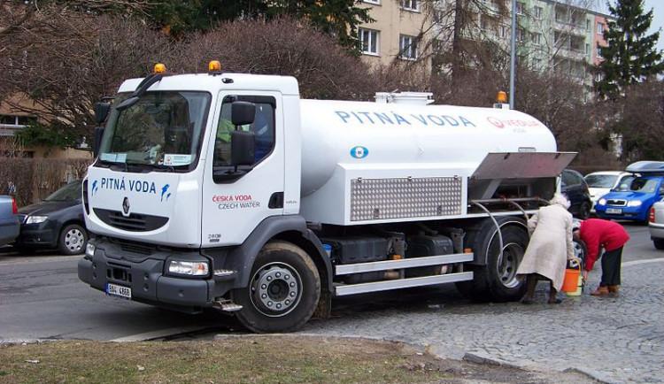 PVK evidují 5384 žádostí o odškodnění kvůli špatné vodě v Praze 6