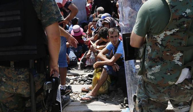 """""""Sluníčkáři"""" nemají pravdu, hrozba terorismu v Evropě s imigrační krizí úzce souvisí"""