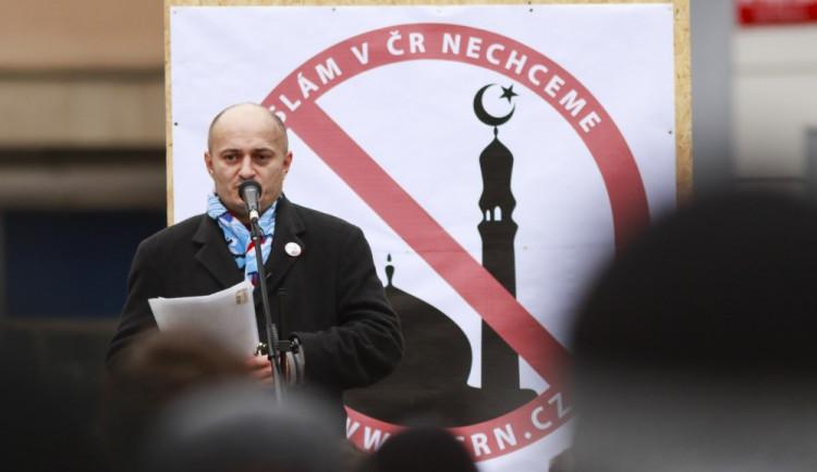 Kvůli výrokům proti islámskému náboženství míří Konvička k soudu