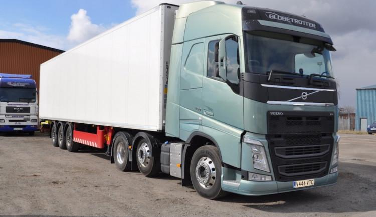 Obří pokuta pro výrobce kamionů: Proč se kartely rozpadají?