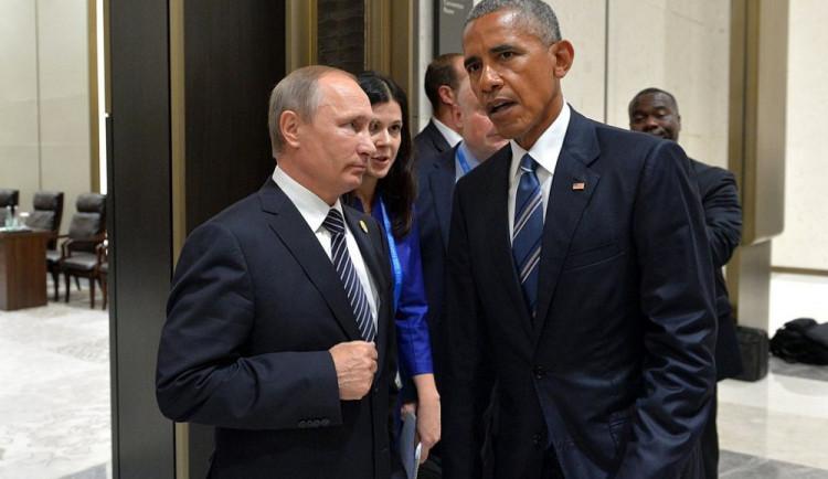 Obama zavedl nové protiruské sankce, Putin reagoval uzavřením školy. Trump se chce sejít se zpravodajci