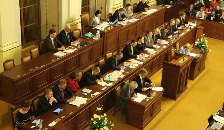 Politicky nestabilní země: šest zajímavostí o českých vládách