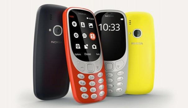 Zájem Čechů o novou Nokii 3310 předčil očekávání obchodníků. Začíná oficiální prodej