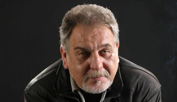 Zemřel folkový bard Wabi Daněk. Podlehl dlouhé nemoci