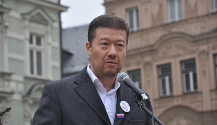 SPD bude hlasovat proti Babišově vládě, ze sálu neodejde