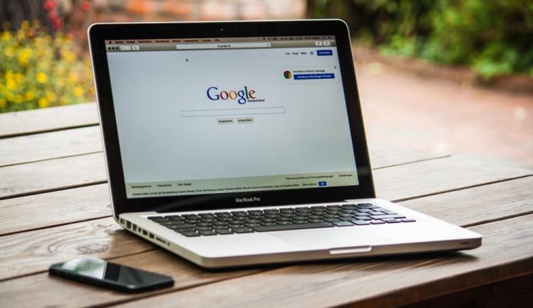 Přesun peněz přes Bermudy loni Googlu ušetřil 3,7 miliardy USD