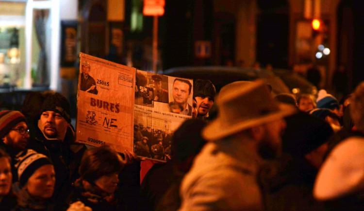 Studenti po celém Česku budou stávkovat. Chtějí bránit ústavní hodnoty