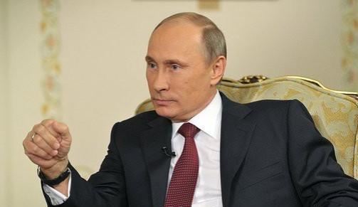 Putin obhájil mandát, po sečtení třetiny hlasů má 74 procent