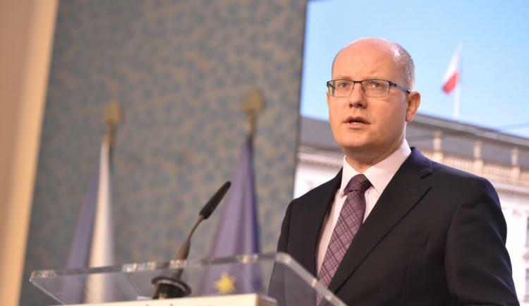 Bohuslav Sobotka končí v politice. Rezignuje na post poslance
