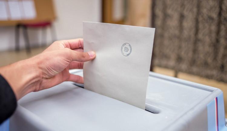 Časovaná bomba? Cambridge Analytica a ovlivnění voleb v České republice