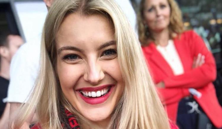 Česká Miss Jitka Nováčková překvapila svého přítele. V autě strávila 20 hodin kvůli jeho zápasu