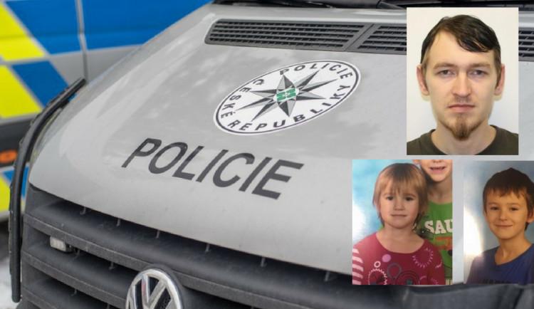 Policie pátrá po malém Tondovi a Elišce. Jejich otec je měl v neděli vrátit matce, to se ale nestalo