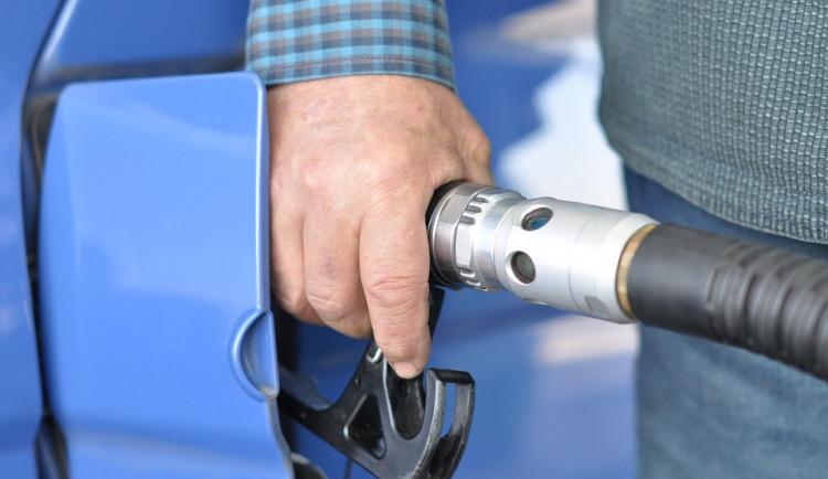 Pohonné hmoty zdražily, ceny jsou nejvyšší za posledních 3,5 roku