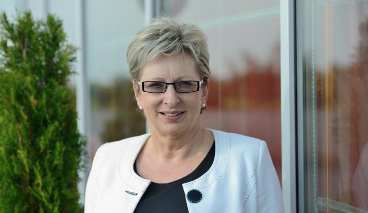 Nováková čelí kritice za srovnávání jiných podnikatelů s Babišem