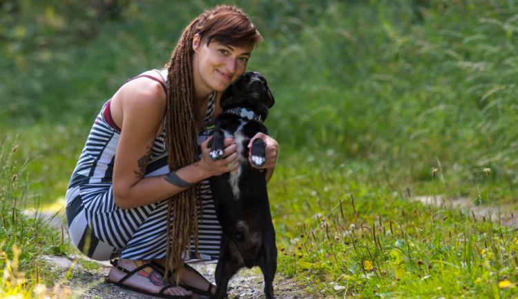 Ráda bych pomáhala i hospodářským zvířatům, říká vedoucí Šance zvířatům Františka Zverková