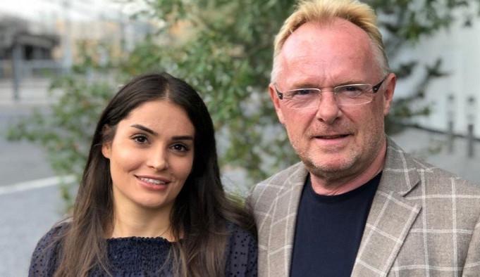 Norský protiimigrační politik má vztah s o 30 let mladší Íránkou