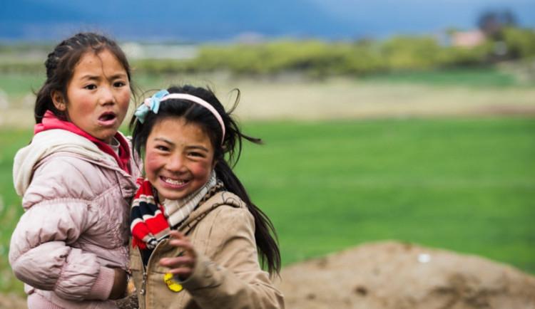 Čínská péče o Tibet v praxi: Ekologie nebo vegetariánství je organizovaný zločin a Sorose nahradil dalajlama