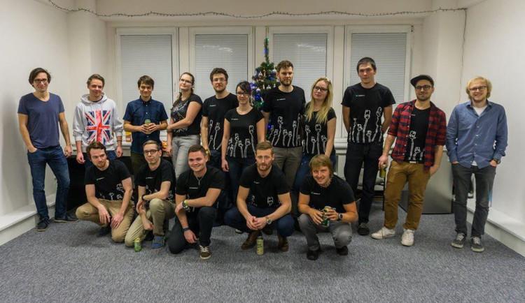 Po večerech jsem se učil tvořit mobilní aplikace, které začaly stahovat stovky lidí denně, říká majitel IT agentury Míra Novosvětský