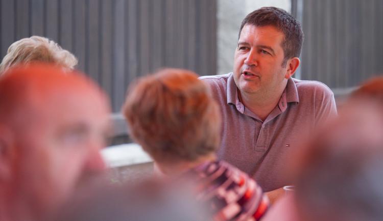 Hamáček: O důvěře v další členy vedení ČSSD by se hlasovat nemělo