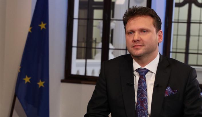 NOVOROČNÍ PROJEV: Kubera vyzval ke slušnosti a pokoře, Vondráček ocenil občany