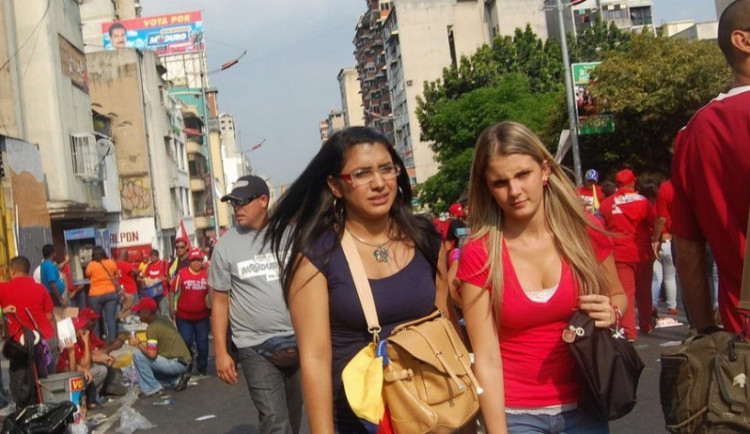 Totální kontrola obyvatel à la Peking. Venezuelský diktátor Maduro využil čínské know how