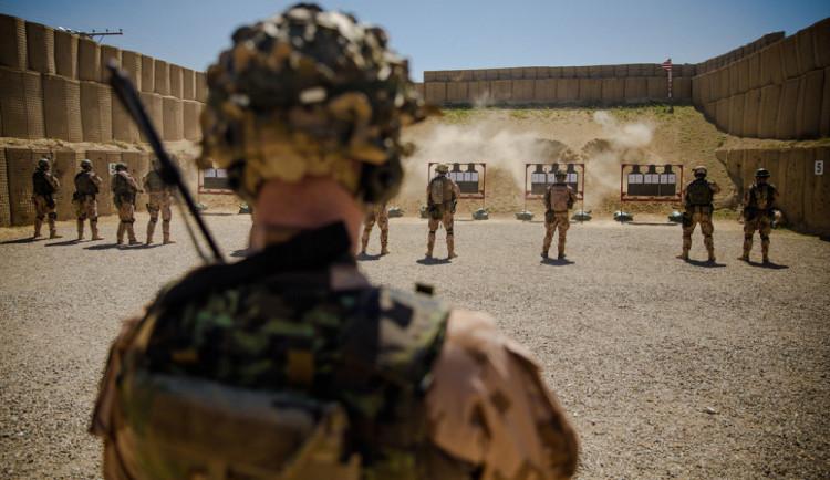 Metnar: Z Afghánistánu odejdeme, pokud se stáhnou USA
