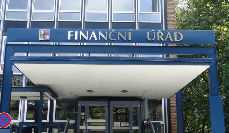 Finanční úřady vymohly loni dvě pětiny z 31 miliard nedoplatků daní