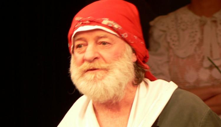 Zemřel divadelní a filmový herec Jiří Pecha, bylo mu 74 let