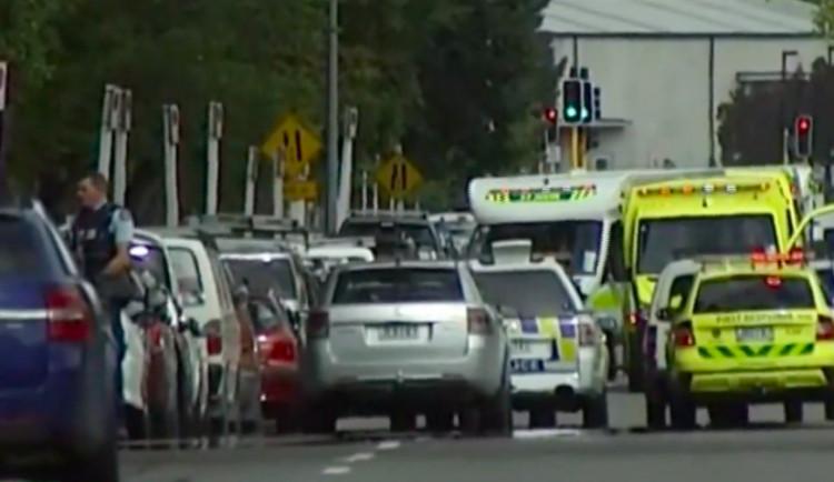 Útočník z města Christchurch chtěl v masakru pokračovat