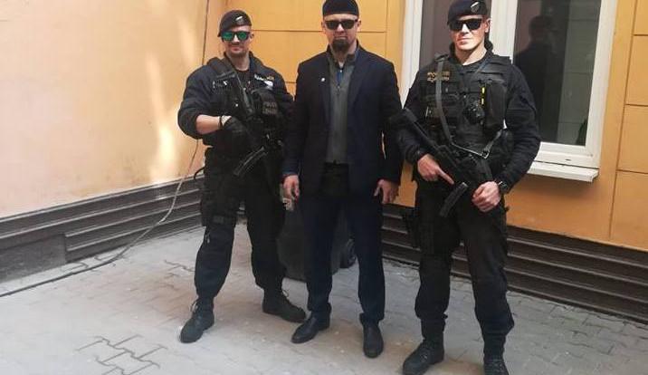 Kontroverzního Kušnarenka vyloučilo ze svých řad Ústředí muslimských obcí