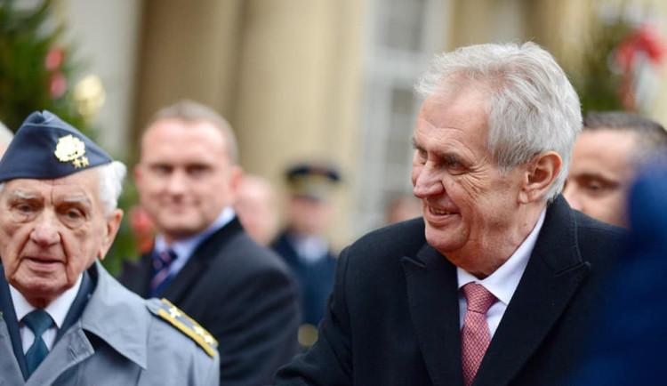 Zeman jmenuje Kremlíka i Havlíčka novými ministry