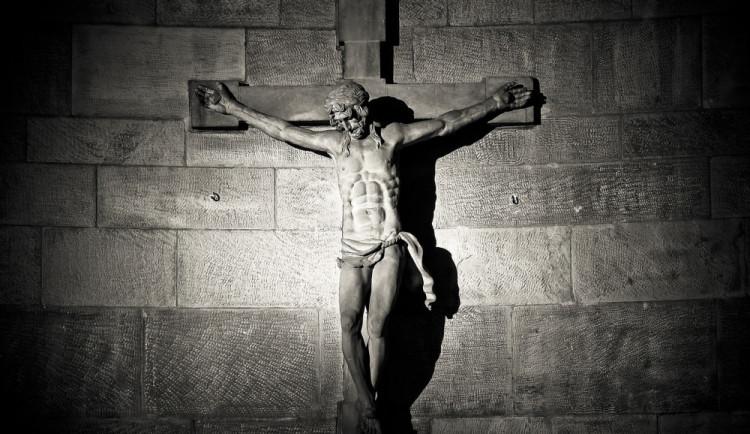 Velký pátek: Křesťané si připomínají ukřižování Ježíše Krista. Zažíváme nejtišší den v roce