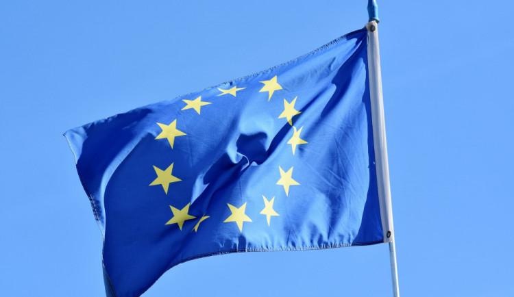 """15 let v EU: """"západ"""" nedoháníme, ale náš blahobyt stejně roste"""