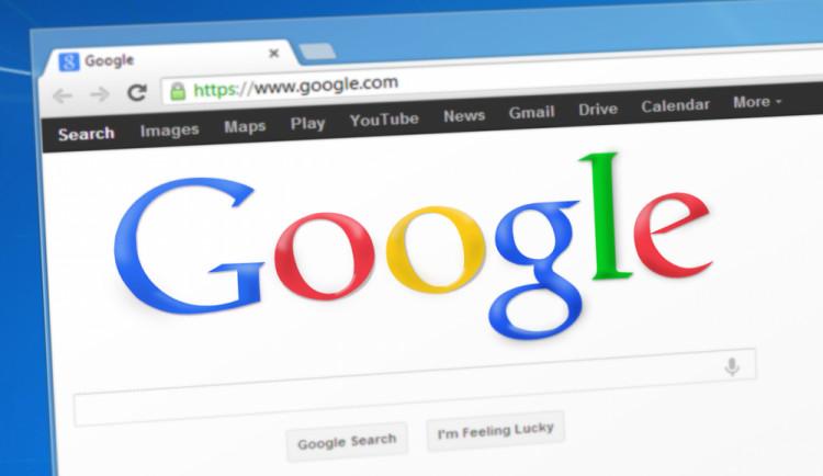 Vláda zavede sedmiprocentní digitální daň pro internetové giganty